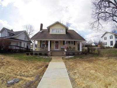 Meade County, Bullitt County, Hardin County Single Family Home For Sale: 322 W Dixie Highway