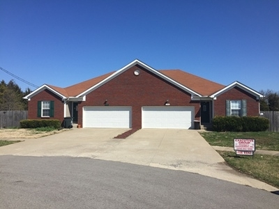 Meade County, Bullitt County, Hardin County Multi Family Home For Sale: 158/160 Red Hawk Drive #158/160