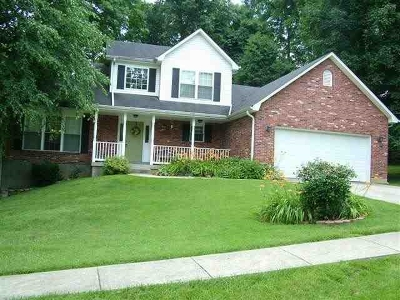 Elizabethtown Single Family Home For Sale: 302 Finch Court