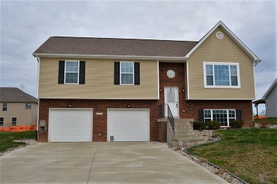 Elizabethtown Single Family Home For Sale: 105 Hopewell Court