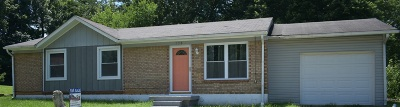 Radcliff Single Family Home For Sale: 130 Bivens Court