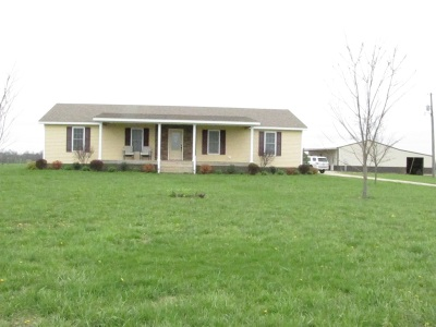 Hodgenville Single Family Home For Sale: 425 Logan Skaggs Road