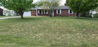 Elizabethtown Single Family Home For Sale: 303 Nancy Drive