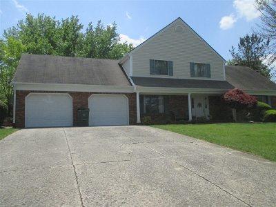 Elizabethtown Single Family Home For Sale: 616 Foxfire Road