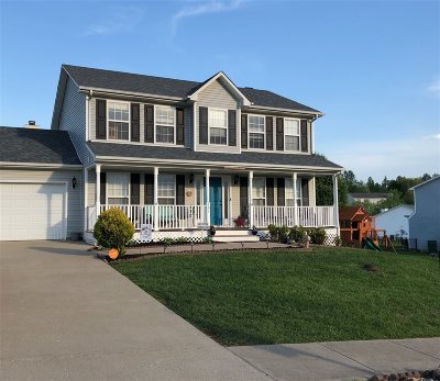 Elizabethtown Single Family Home For Sale: 701 Clear Spring Court