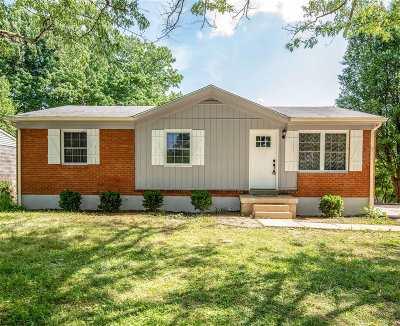 Vine Grove Single Family Home For Sale: 105 Edgewood Drive