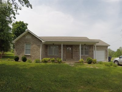 Hodgenville Single Family Home For Sale: 1575 N L & N Turnpike
