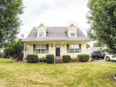 Bullitt County Single Family Home For Sale: 410 Dogwood Run