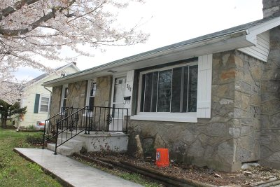 Elizabethtown Single Family Home For Sale: 415 North Mantle