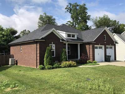 Elizabethtown Single Family Home For Sale: 626 Weston Drive