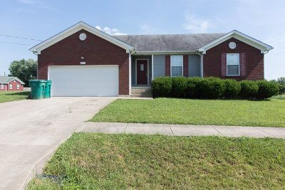 Radcliff KY Single Family Home For Sale: $148,000