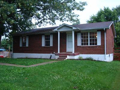 Meade County, Bullitt County, Hardin County Single Family Home For Sale: 301 Lavon Avenue