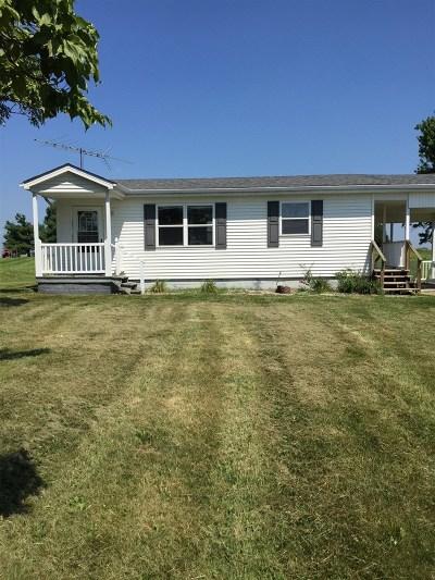 Vine Grove Single Family Home For Sale: 3815 High Plains Road