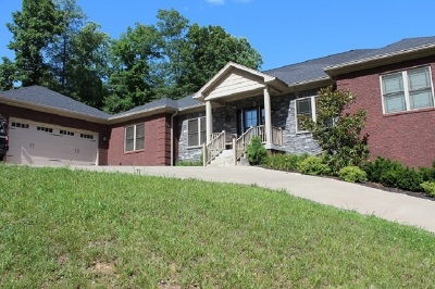 Elizabethtown Single Family Home For Sale: 2603 Stonemill Drive