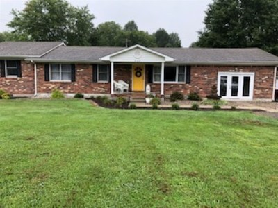 Elizabethtown Single Family Home For Sale: 805 Upper Colesburg Road