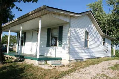 Elizabethtown Single Family Home For Sale: 227 Adams Road