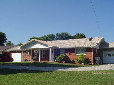 Hodgenville Single Family Home For Sale: 1749 Old Elizabethtown Road