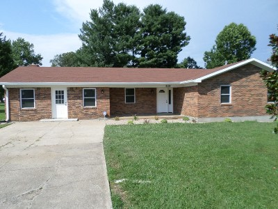 Radcliff KY Single Family Home For Sale: $155,900