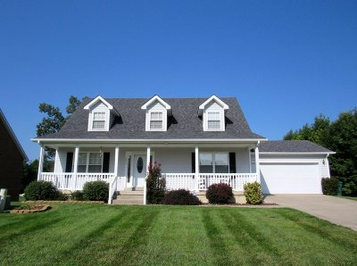 Elizabethtown Single Family Home For Sale: 606 Peaceful Drive