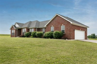 Bardstown Single Family Home For Sale: 615 Bear Creek Way