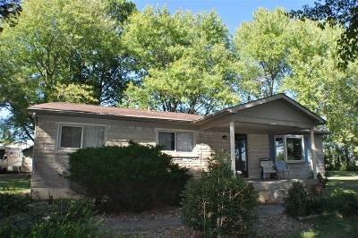 Meade County Single Family Home For Sale: 325 Sipes Lane