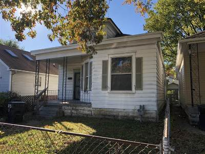 Louisville Single Family Home For Sale: 3930 S Brook Street