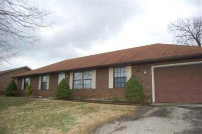 Radcliff KY Single Family Home For Sale: $144,900