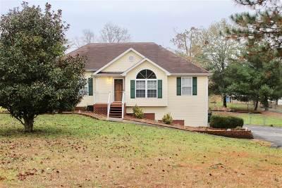Elizabethtown Single Family Home For Sale: 626 Kings Way