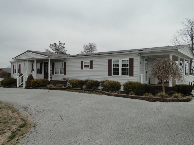 Larue County Single Family Home For Sale: 3900 Parkers Grove Road