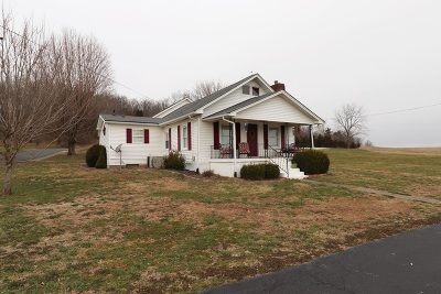Breckinridge County Single Family Home For Sale: 13449 E Us 60