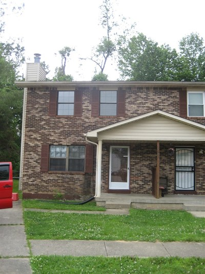 Radcliff KY Single Family Home For Sale: $75,000