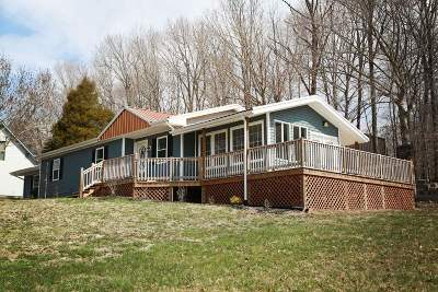 Campbellsville Single Family Home For Sale: 1098 Stray Winds