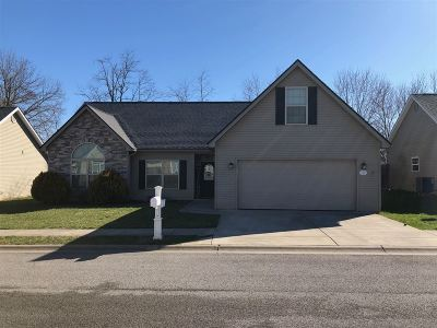 Radcliff KY Single Family Home For Sale: $178,500