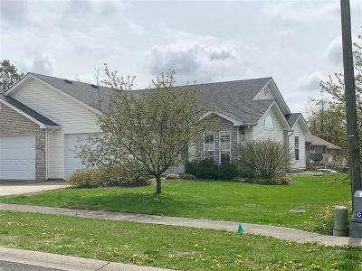Elizabethtown Single Family Home For Sale: 130 Applewood Lane