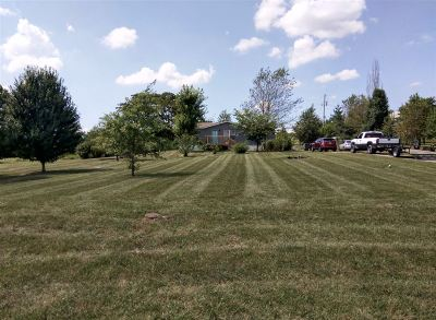 Meade County, Bullitt County, Hardin County Single Family Home For Sale: 988 Sunset Drive