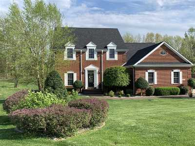 Elizabethtown Single Family Home For Sale: 534 Deer Run Way