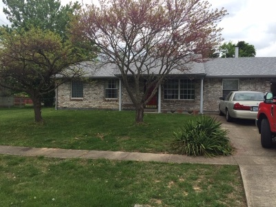 Radcliff  Single Family Home For Sale: 643 Carolyn Street