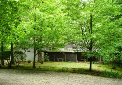 Larue County Single Family Home For Sale: 340 N Otter Creek Road