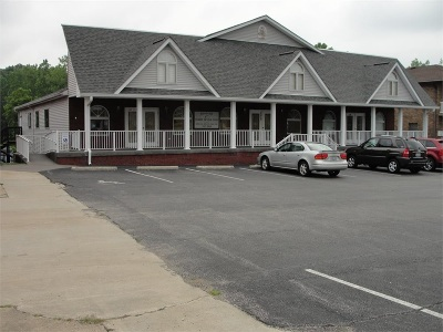 Commercial Lease For Lease: 299 W Lincoln Trail Boulevard #Suite 10