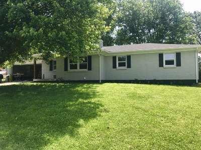 Elizabethtown Single Family Home For Sale: 307 Estate Drive