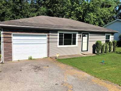 Meade County, Bullitt County, Hardin County Single Family Home For Sale: 952 Old Ekron Road