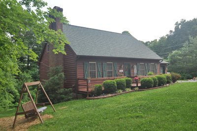Radcliff Single Family Home For Sale: 328 Country Lane