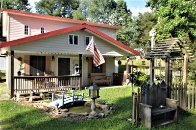 Grayson County Single Family Home For Sale: 233 Circle Hill Road