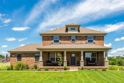 Bullitt County Single Family Home For Sale: 584 New Christman Lane