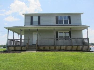 Meade County Single Family Home For Sale: 595 Farmington Drive