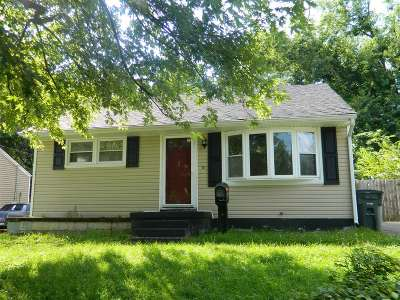 Elizabethtown KY Single Family Home For Sale: $98,000