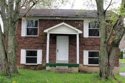 Radcliff Single Family Home For Sale: 2561 Vonoa Drive