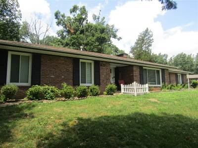 Radcliff  Single Family Home For Sale: 353 Western Drive