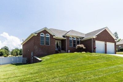 Elizabethtown Single Family Home For Sale: 507 Langley Trace