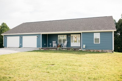 Campbellsville Single Family Home For Sale: 40 Joeys Way